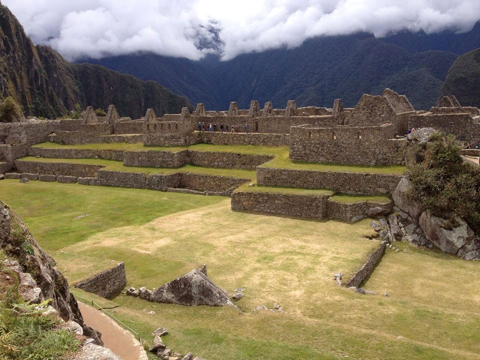 Peru: Machu Picchu, surrounded by gods